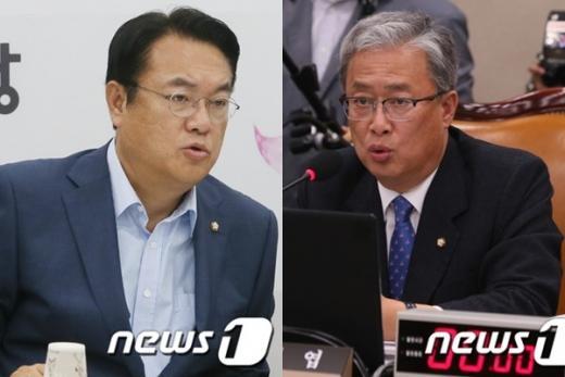 유성엽 교문위원장(오른쪽)과 정진석 원내대표. /자료사진=뉴스1