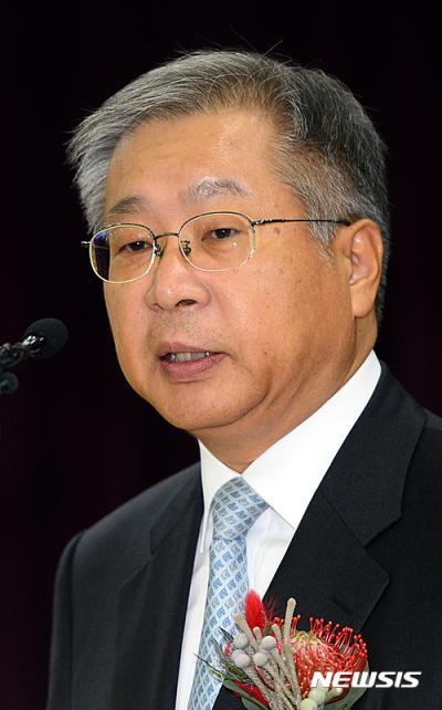 김용덕 신임 중앙선거관리위원장. 오늘(6일) 김용덕 위원장이 취임사를 하고 있다. /사진=뉴시스