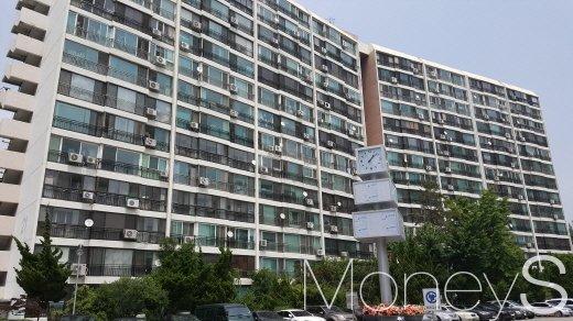 최근 50층 높이의 재건축 설계안을 확정한 은마아파트. /사진=김창성 기자