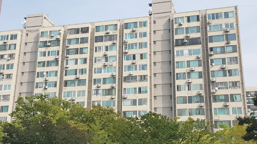 여의도의 한 아파트 단지. /사진=김창성 기자