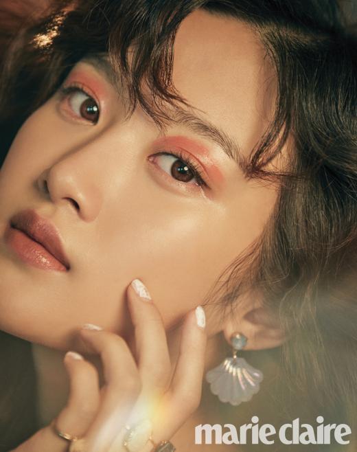 빨강이의 변신, 문가영 뷰티화보 공개