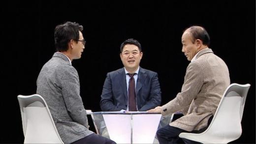 썰전. 왼쪽부터 유시민, 김구라, 전원책. /사진=JTBC '썰전' 제공