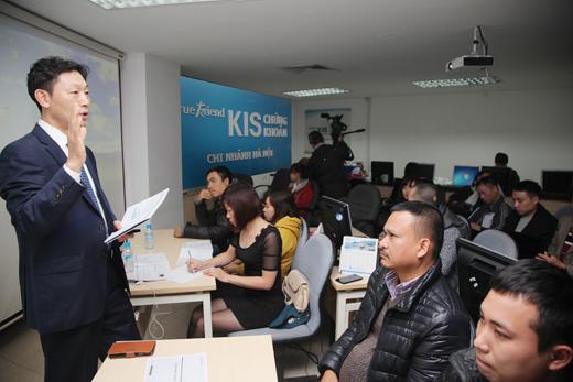 한국투자증권은 지난해 2월19일, 키스베트남(KIS Vietnam) 하노이 지점에서, 현지 고객을 대상으로 투자설명회를 개최했다. /사진제공=한국투자증권