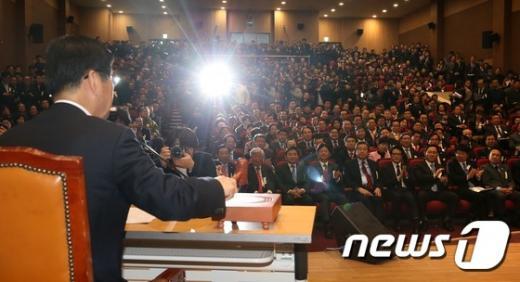 보수신당 국민의당. 개혁보수신당(가칭)이 오늘(5일) 서울 영등포구 국회 의원회관에서 창당발기인대회를 열고 있다. /사진=뉴스1