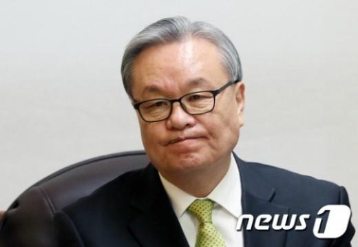 [새누리 상임전국위 무산] 친박 측 조직적 불참으로 정족수 미달(속보)