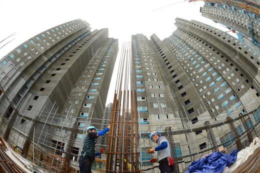 올해 주택공급 과잉 등의 영향으로 건설자재 수요가 전년 대비 감소할 것으로 전망된다. /사진=뉴시스 DB