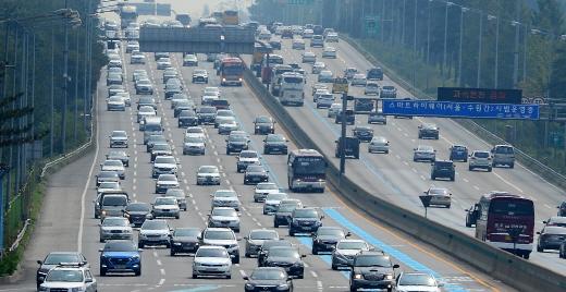 국토교통부가 28조9000억원을 투입해 2020년까지 고속도로 882㎞를 확장한다. /사진=뉴시스 DB
