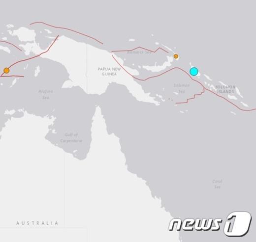 남태평양 파푸아 뉴 기니에서 22일(현지시간) 규모 8.0의 강진이 발생했다. 진원은 하늘색 점이다. /사진=뉴스1