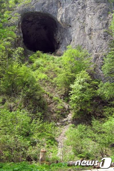 악마의 문 동굴. 한국인 유전자. /자료=뉴스1(UNIST 제공)