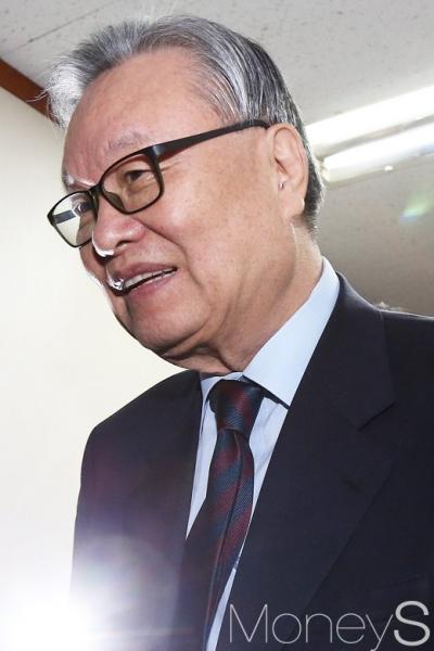 분권형 개헌. 사진은 인명진 자유한국당 비대위원장. /사진=임한별 기자