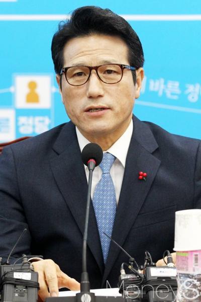 중국 사드. 사드 보복. 사진은 정병국 바른정당 대표. /사진=임한별 기자