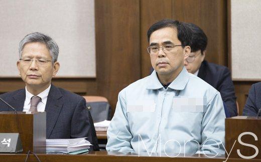김종 전 문화체육관광부 제2차관(오른쪽). /사진=사진공동취재단
