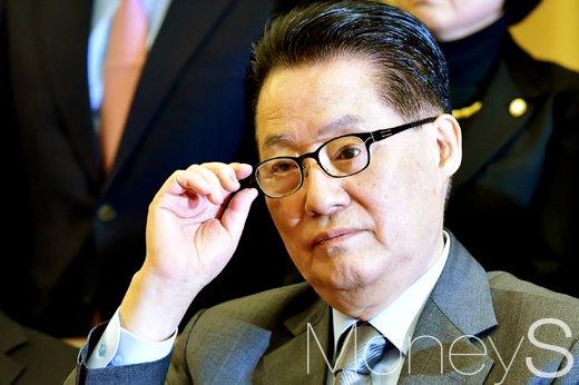 김진태 대선출마. 사진은 박지원 국민의당 대표. /사진=임한별 기자