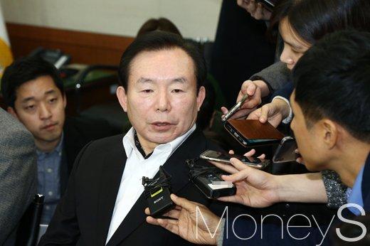 한국당 본경선. 사진은 이인제 자유한국당 후보. /사진=임한별 기자
