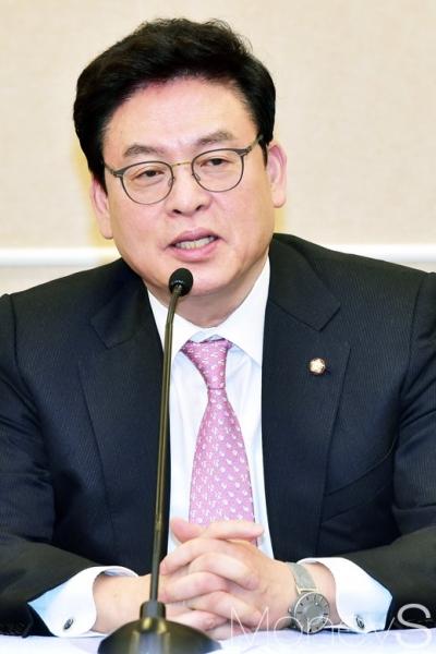 박근혜 영어의 몸. 영어의 몸 뜻. 사진은 정우택 자유한국당 원내대표. /사진=임한별 기자