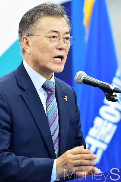 문재인 대전. 사진은 문재인 더불어민주당 대통령 선거 후보. /사진=임한별 기자