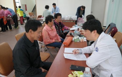 전남농협, 강진 도암서 올해 첫 '행복버스' 사업 성료