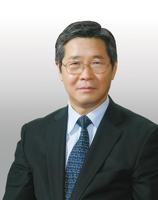 이장희 한국외국어대학교 법학전문대학원 명예교수. /사진제공=이장희 명예교수