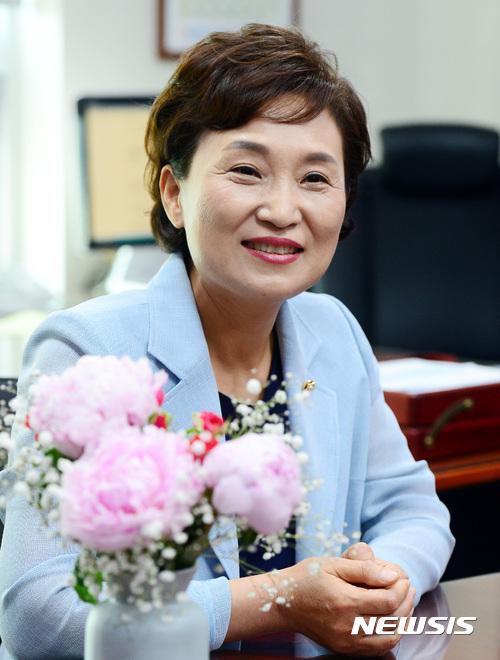 김현미 국토부 장관 후보자. /자료사진=뉴시스