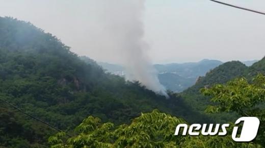 안양 삼성산에서 5일 오전 화재가 발생했다. /사진=경기 재난안전본부 제공