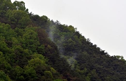 삼성산 약수사. 삼성산 산불. 사진은 기사 내용과 무관. /사진=뉴시스
