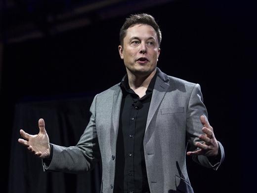 엘론 머스크 스페이스X CEO가 4년안에 인류의 화성여행이 가능해 질 것으로 전망했다. /사진=머니투데이DB