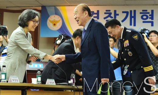 [머니S포토] 경찰개혁위원회 발족, '선진 경찰로 거듭날 것'