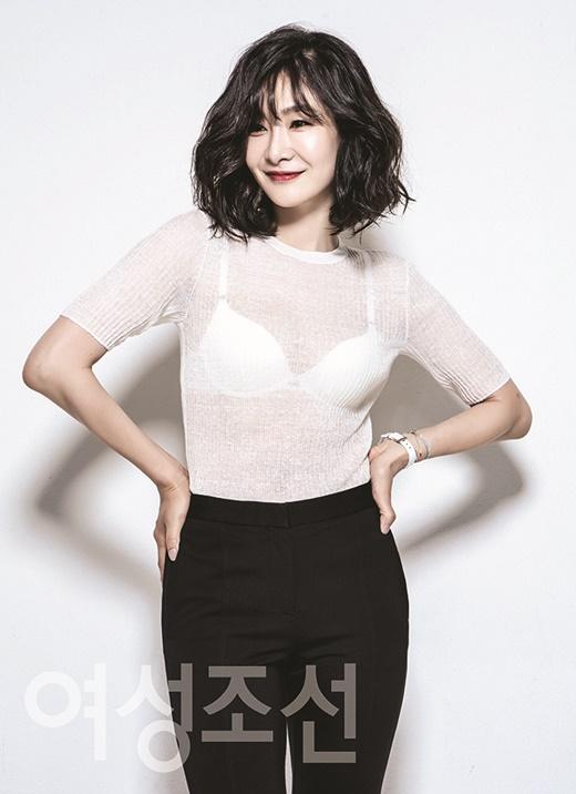 """""""애엄마 맞아?""""… 박효주, 출산 후에도 완벽한 몸매 '우아+고혹美'"""