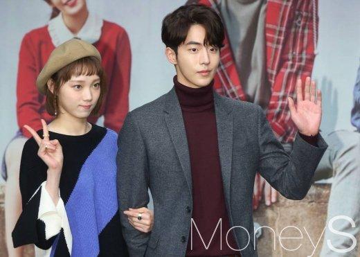 드라마 '역도요정 김복주' 제작발표회에 참석한 이성경 남주혁/사진=머니투데이 이동훈 기자