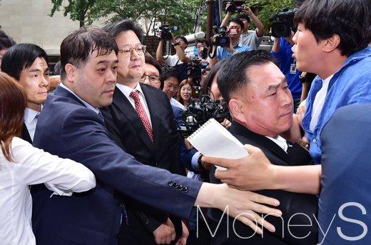 [머니S포토] 김장겸 MBC 사장, 쉽지 않은 출석