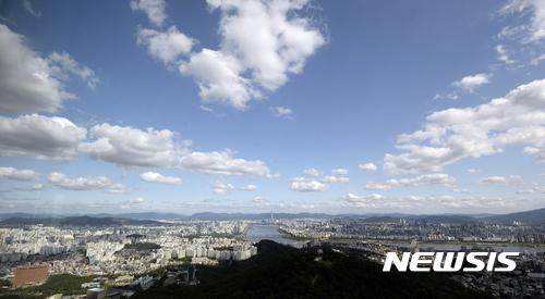 [오늘 날씨] '선선한 초가을' 전국 맑음… 낮 27도 안팎
