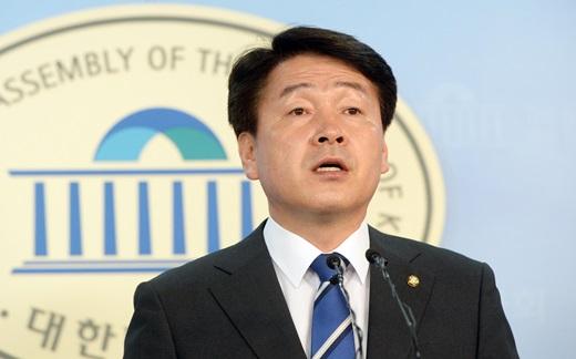 기동민 더불어민주당 의원이 24일 서울 여의도 국회 정론관에서 WTO 패소가 확실시 되는 일본 수산물 수입금지 조치 관련 기자간담회를 진행 중있다. /사진=뉴시스