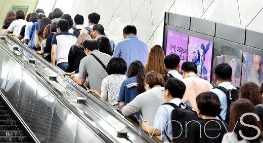 서울지하철 무임승차. /자료사진=임한별 기자