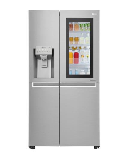 영국의 가전·IT 평가 전문지 '트러스티드 리뷰'로부터 별 5개 만점을 받은 LG 노크온 매직스페이스 양문형 냉장고. / 사진=LG전자