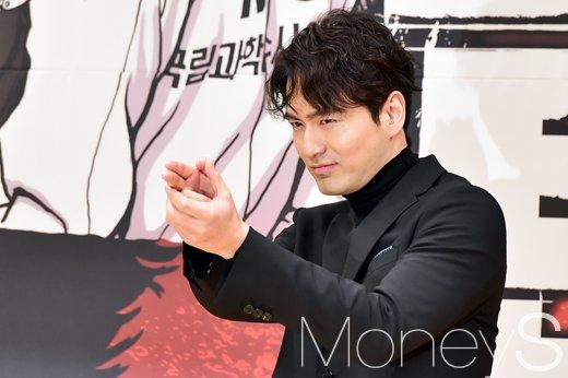[머니S포토] 이진욱, SBS 수목 드라마 '리턴'으로 리턴