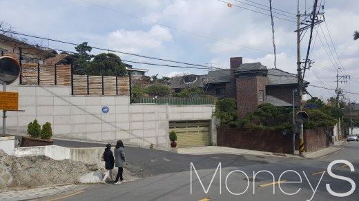 서울 성북구의 한 고급 주택가. /사진=김창성 기자