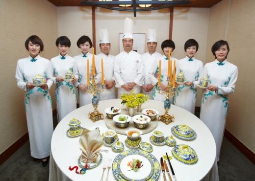 2014년 댜오위타이 프로모션에 초청된 현지 임직원들. /사진제공=서울신라호텔