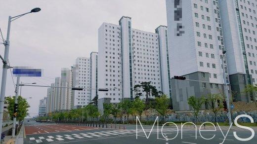 부산 명지국제신도시의 아파트 단지. /사진=김창성 기자
