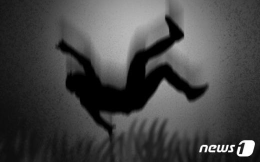 광주 한 아파트에서 추락사한 남성의 신원이 사흘 만에 밝혀졌다. /그래픽=뉴스1