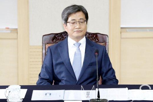 5일 오후 서울 서초구 대법원 청사에서 열린 '국민과 함께하는 사법발전위원회'에 참석한 김명수 대법원장./사진=임한별 기자