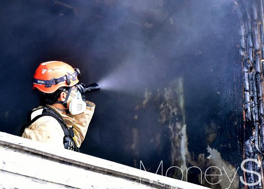 대구 아파트 화재. 사진은 기사내용과 무관. /사진=임한별 기자