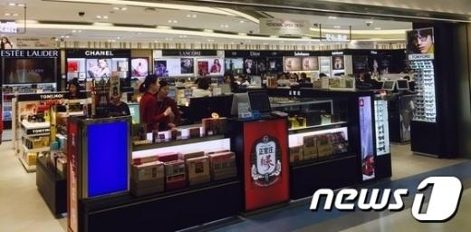 김포공항 내 면세점/사진=뉴스1 DB
