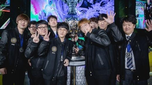 2017 롤드컵 우승팀 삼성갤럭시.(현 gen.g)./사진=라이엇게임즈 제공