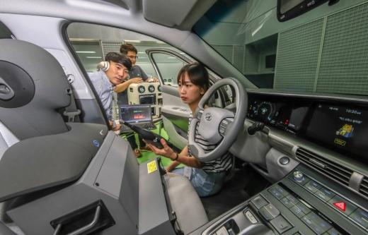 현대기아차 카카오 자동차용 인공지능 음성인식 개발 프로젝트 /사진=현대차 제공
