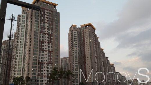동탄역 인근의 한 아파트 단지. /사진=김창성 기자