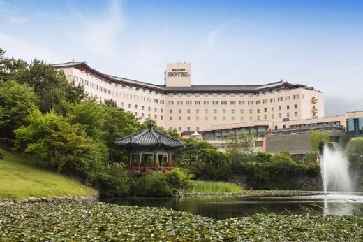 코오롱호텔 전경. /사진제공=코오롱호텔