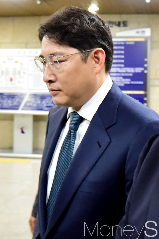[머니S포토] 조현준 효성그룹 회장, 항소심서 집예유예