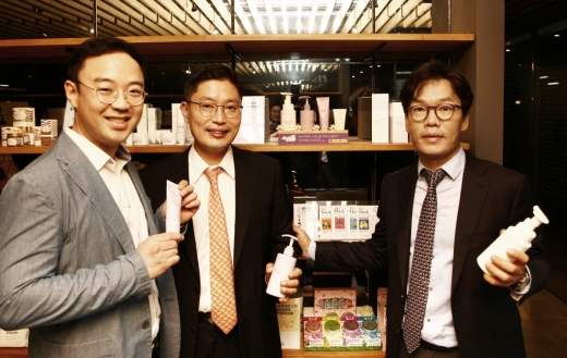 왼쪽부터 에이가 박주영 대표, 모임 노범석 대표, 커뮤즈파트너스 민경선 대표