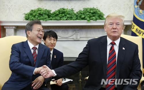 문재인 대통령과 도널드 트럼프 미국 대통령. /사진=뉴시스