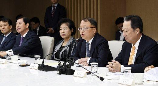 [머니S포토] 발언하는 한승희 국세청장
